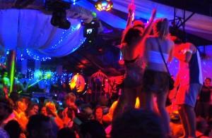 Hiburan Malam Tahun Baru Di Bali