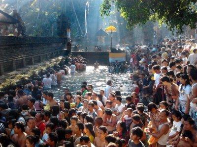 Tampak Siring saat Hari Penting di Bali